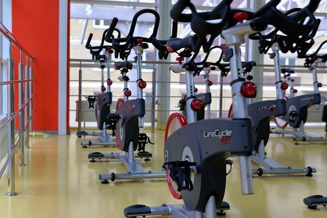 cómo entrenar en un gimnasio sin monitor – despierta y entrena