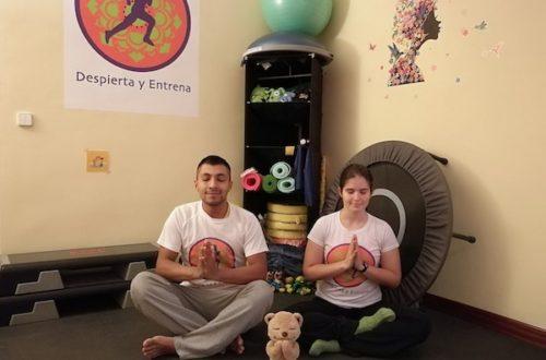 Yoga en pareja – Despierta y Entrena